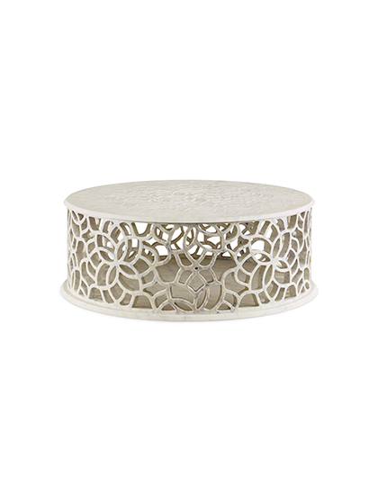 MAIN_Baker_products_WNWN_pierced_bangle_table_BAA3255_FRONT_3QRT