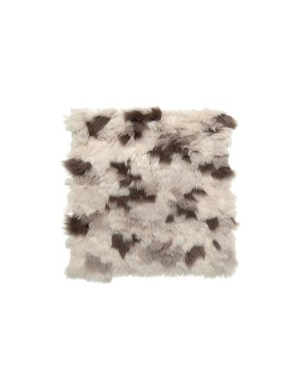 Rosemary-Hallgarten_Valloire-Pillow_products_main